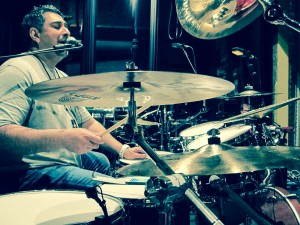 Vocals and drums, Ranjit Barot does both !